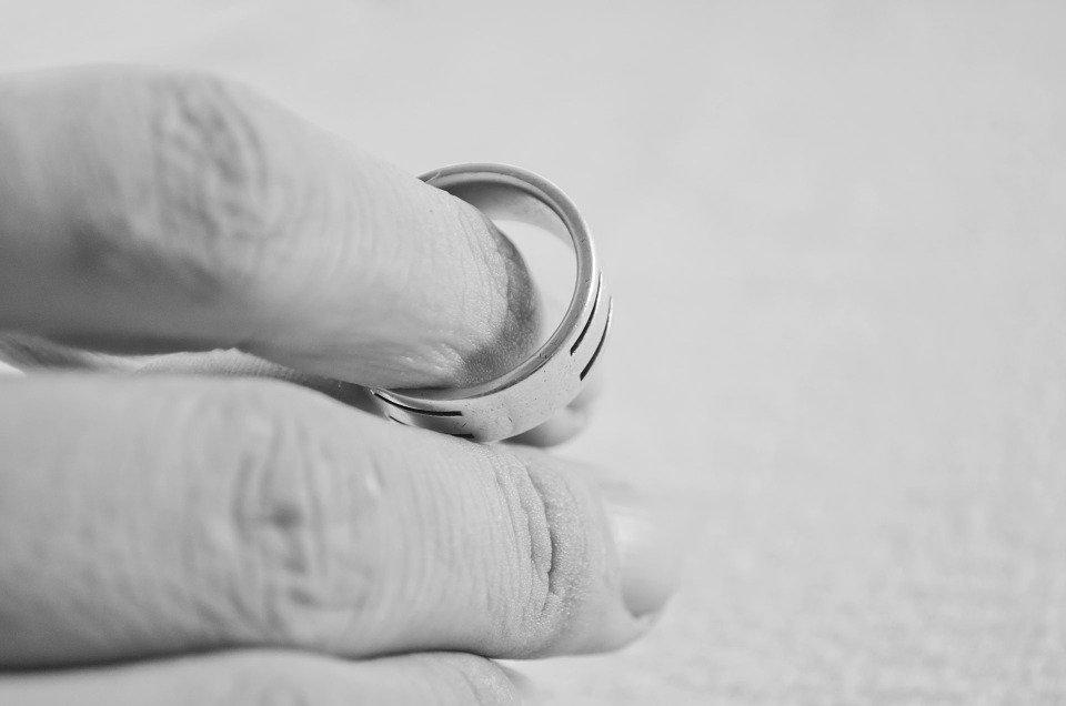 abbandono della casa coniugale